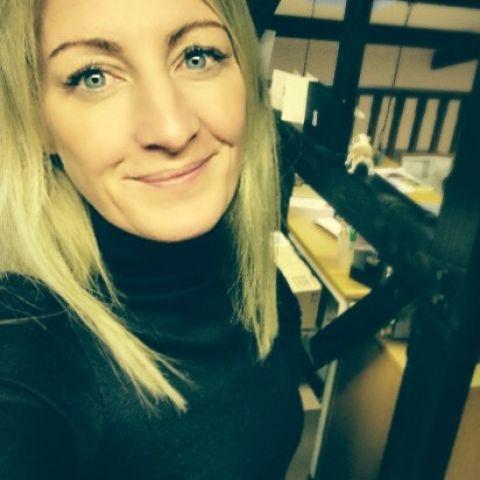 Caroline  - Account Director